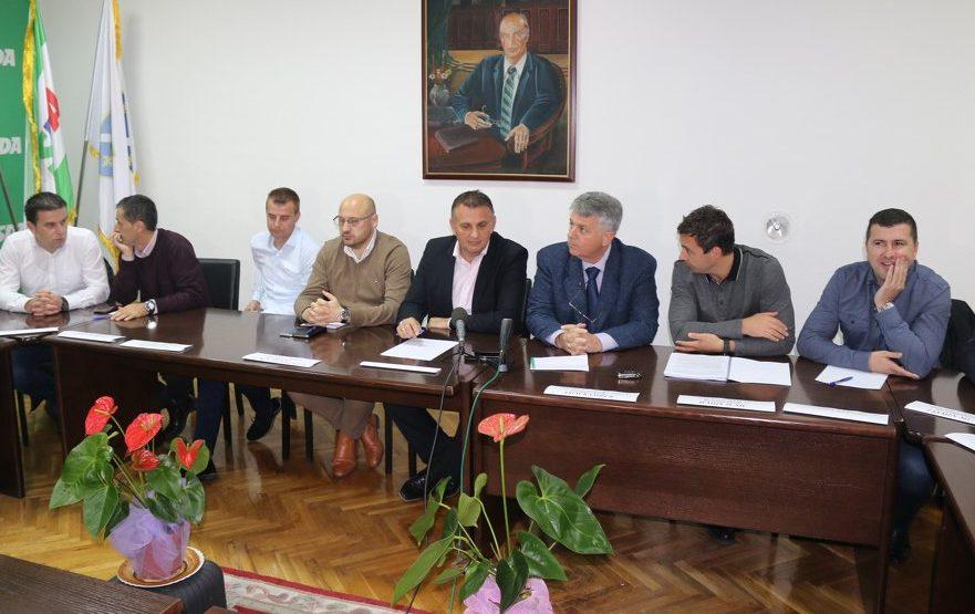 Press KO SDA USK: Podrška radu Vlade i premijeru Rošiću