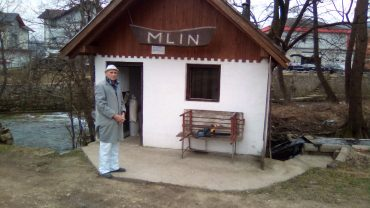 Mlin (1)
